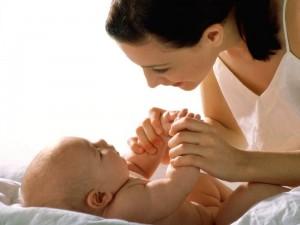 мама и дитя - неразрывная связь
