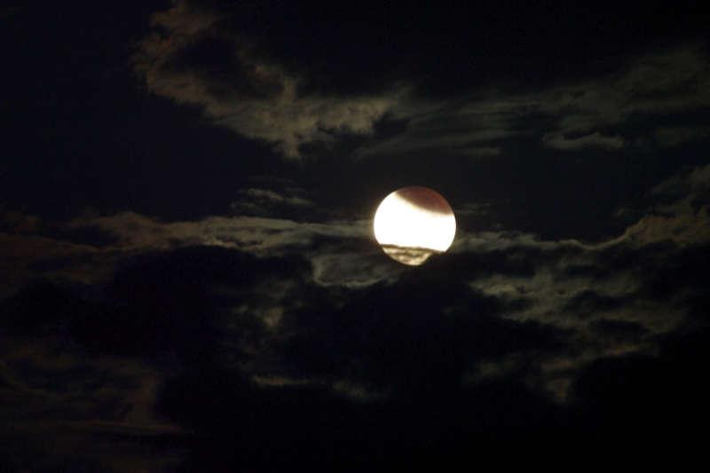 http://meditation-portal.com/wp-content/uploads/2012/10/lunnoe.jpg