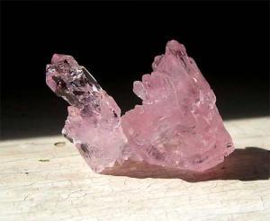 Камни женской энергии — жемчуг, лунный камень и