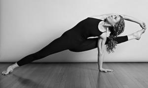 sean-corn-yoga-pose-1
