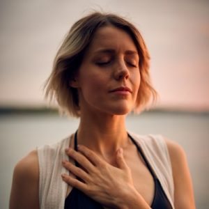 пранаяма кумбхака задержка дыхания аудио медитация